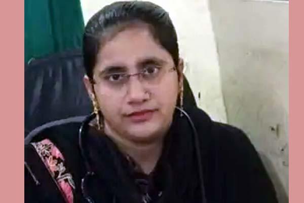गरीबों का करती हैं मुफ्त इलाज सिद्धार्थनगर की डॉ. अफरीदा