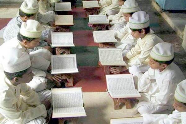मदरसों में पढ़ रहे छात्र साबित कर सकेंगे अपनी योग्यता